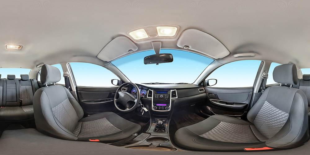 Pojedyncze, sferyczne zdjęcie wnętrza samochodu